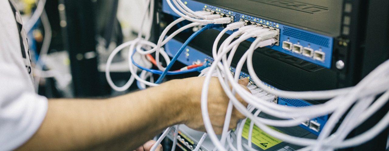 Sklep komputerowy serwis komputerowy klaj bochnia krakow malopolska Serwis sprzetu i sieci KOMPUTEROWEJ SERWIS TELEKOMUNIKACJI